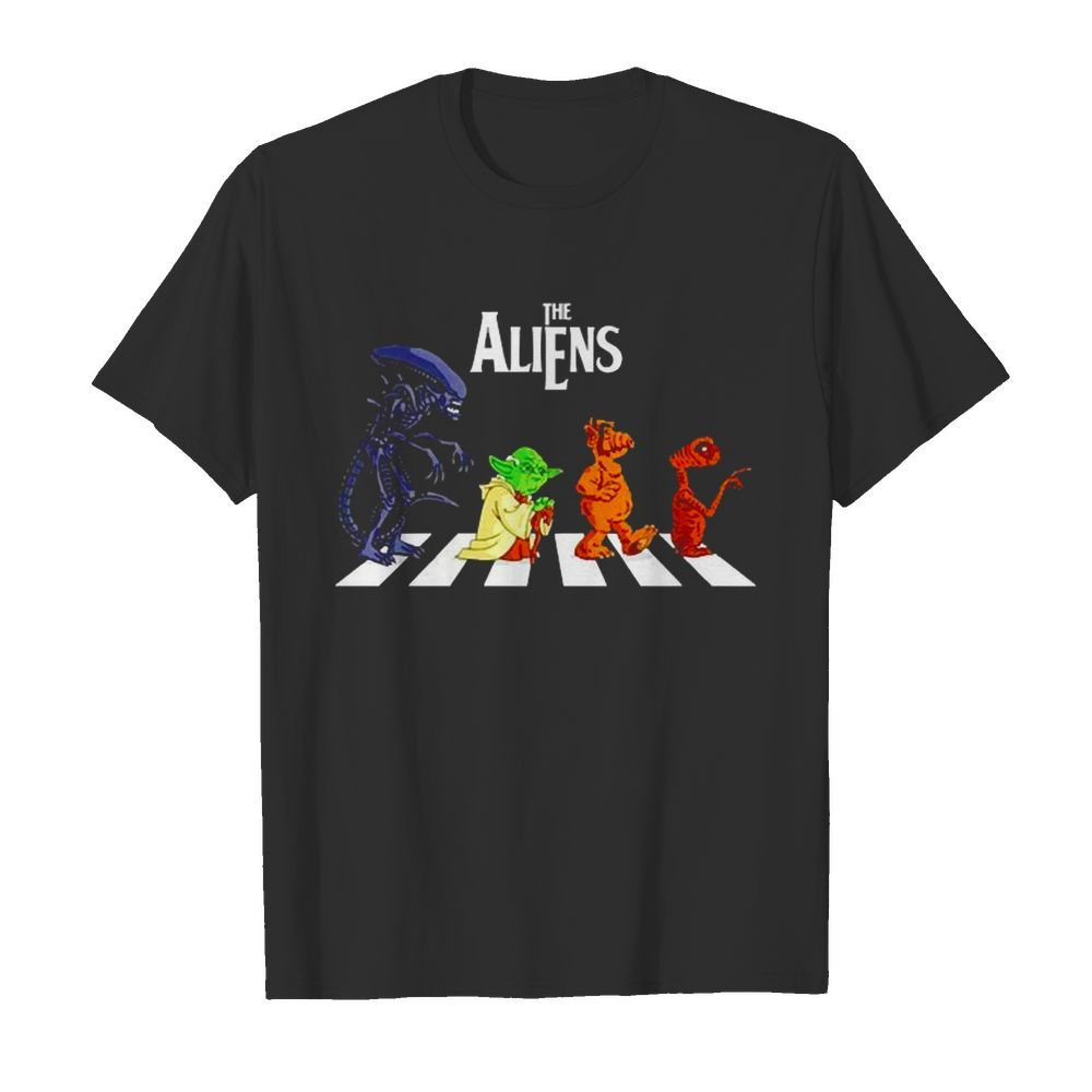 Abbey Road The Aliens Baby Yoda  Classic Men's T-shirt